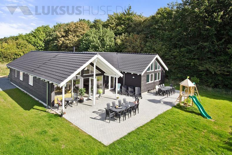 Luxusferienhaus mit Pool in Lohals