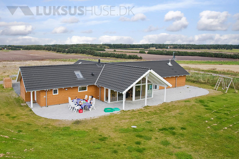 Luxusferienhaus mit Pool in Nr. Lyngby