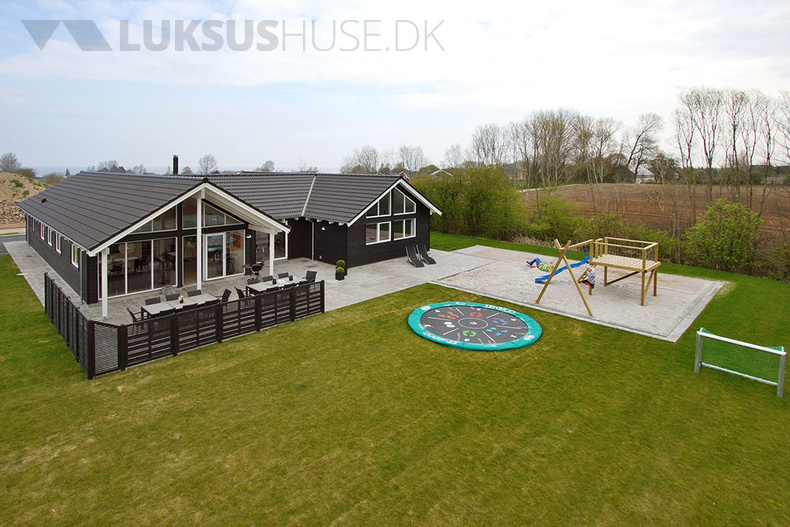 Luxusferienhaus mit Pool in Köbingsmark