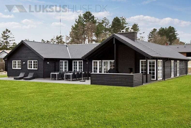 Luxusferienhaus mit Pool in Ebeltoft
