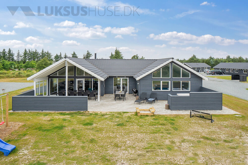 Luxusferienhaus mit Pool in Blavand