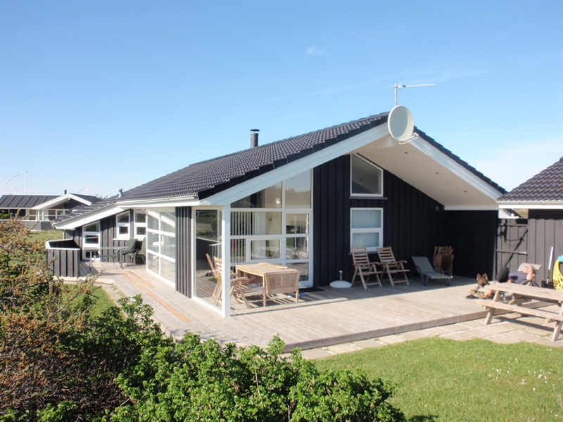 ferienhaus in skallerup klit 150 m zum besten nordsee sandstrand. Black Bedroom Furniture Sets. Home Design Ideas