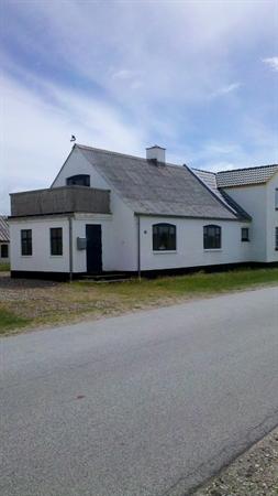 gut erhaltene fischerhaus in lild strand. Black Bedroom Furniture Sets. Home Design Ideas