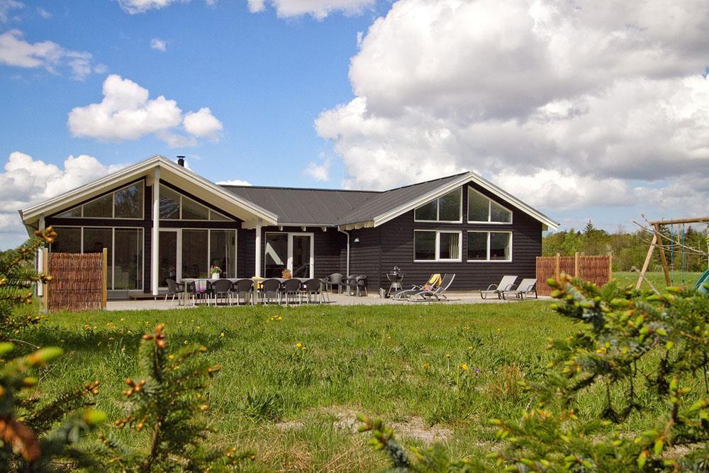 Ferienhaus in Albäk für 18 Personen