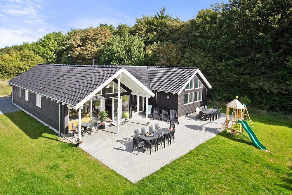 Ferienhaus in Lohals für 16 Personen
