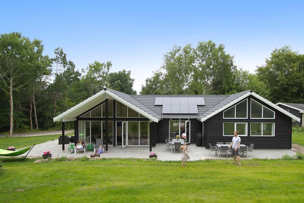 Ferienhaus in Hornbäk für 14 Personen