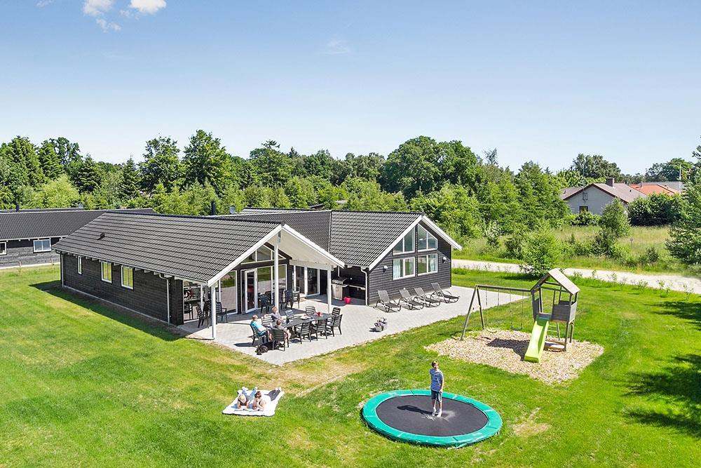 Ferienhaus in Fjellerup für 16 Personen