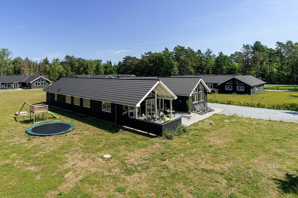 Ferienhaus in Asserbo für 18 Personen
