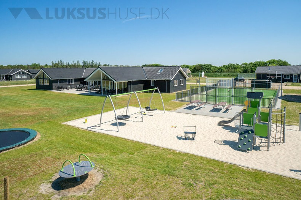 Ferienhaus in Houstrup Strand für 30 Personen