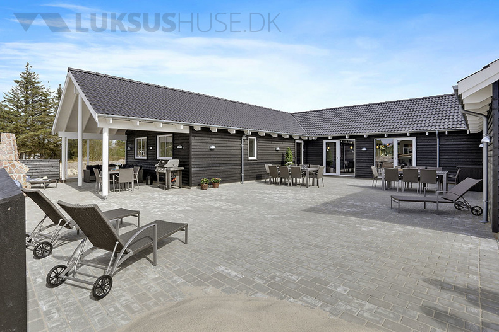 Ferienhaus in Blavand für 20 Personen