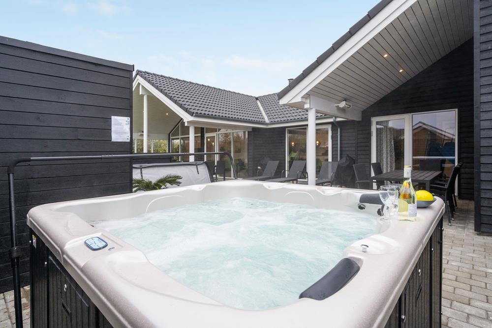 Ferienhaus in Mommark für 16 Personen