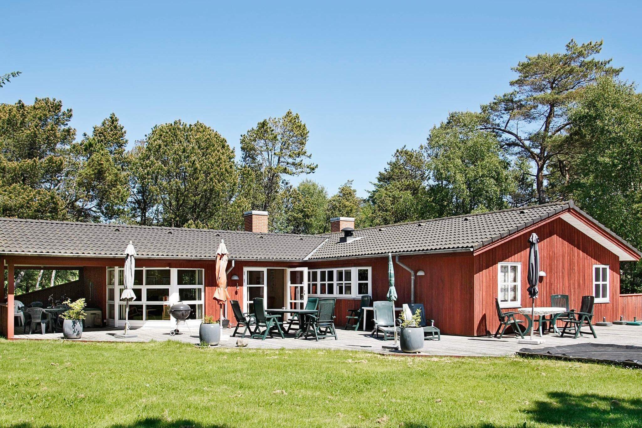 Ferienhaus in Albäk für 12 Personen