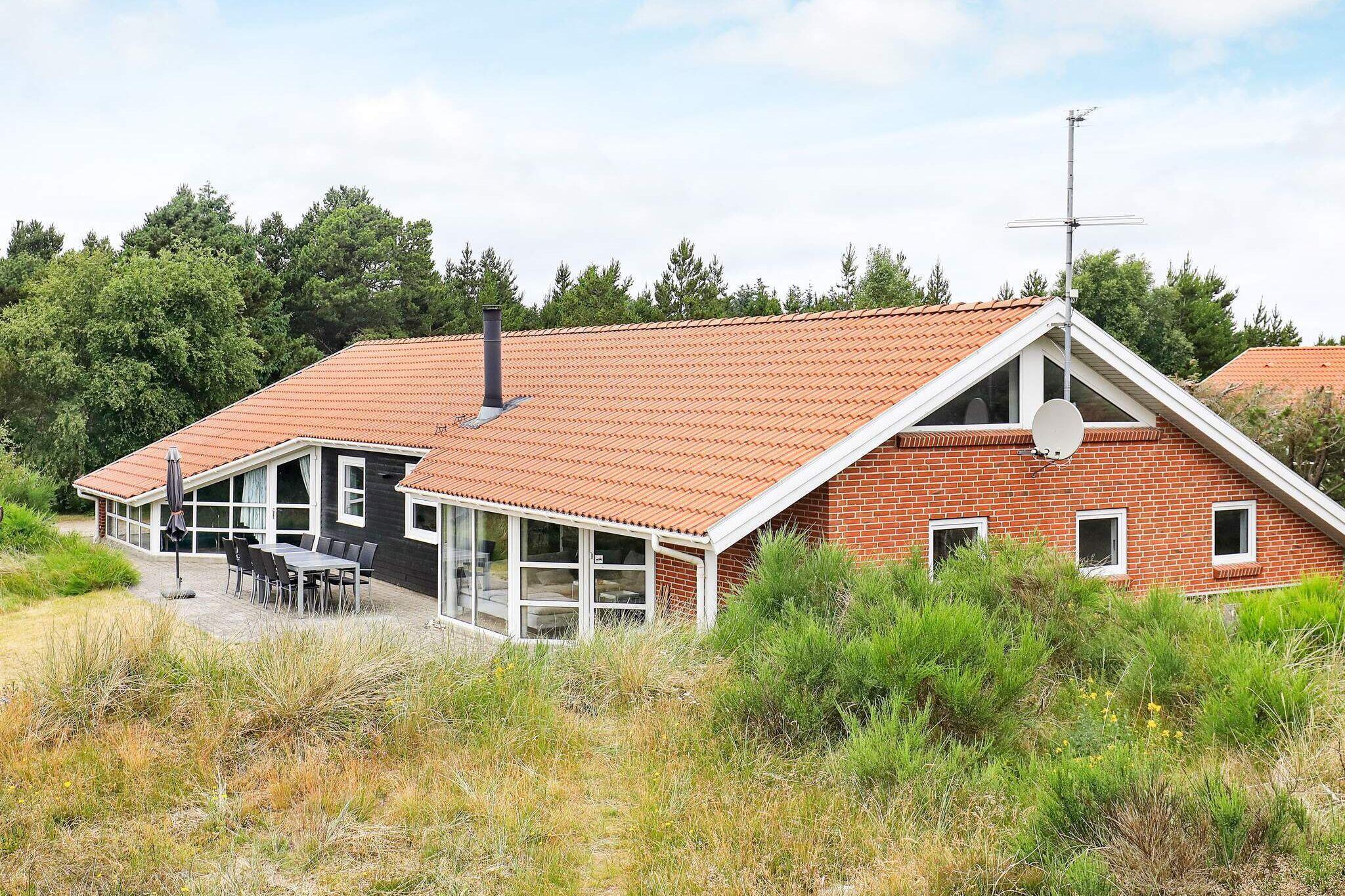 Ferienhaus in Blavand für 12 Personen
