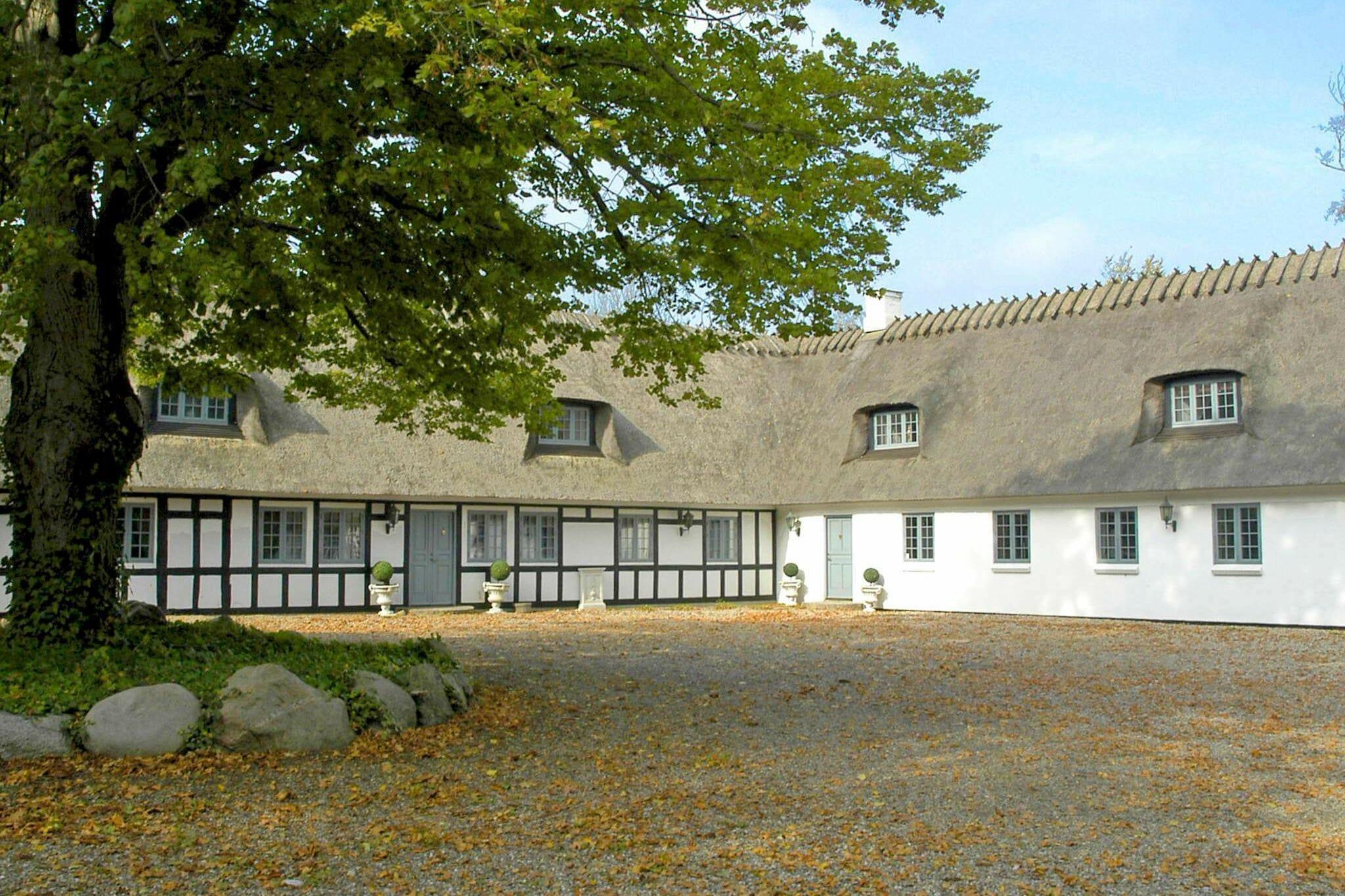 Ferienhaus in Nörre Aaby für 18 Personen