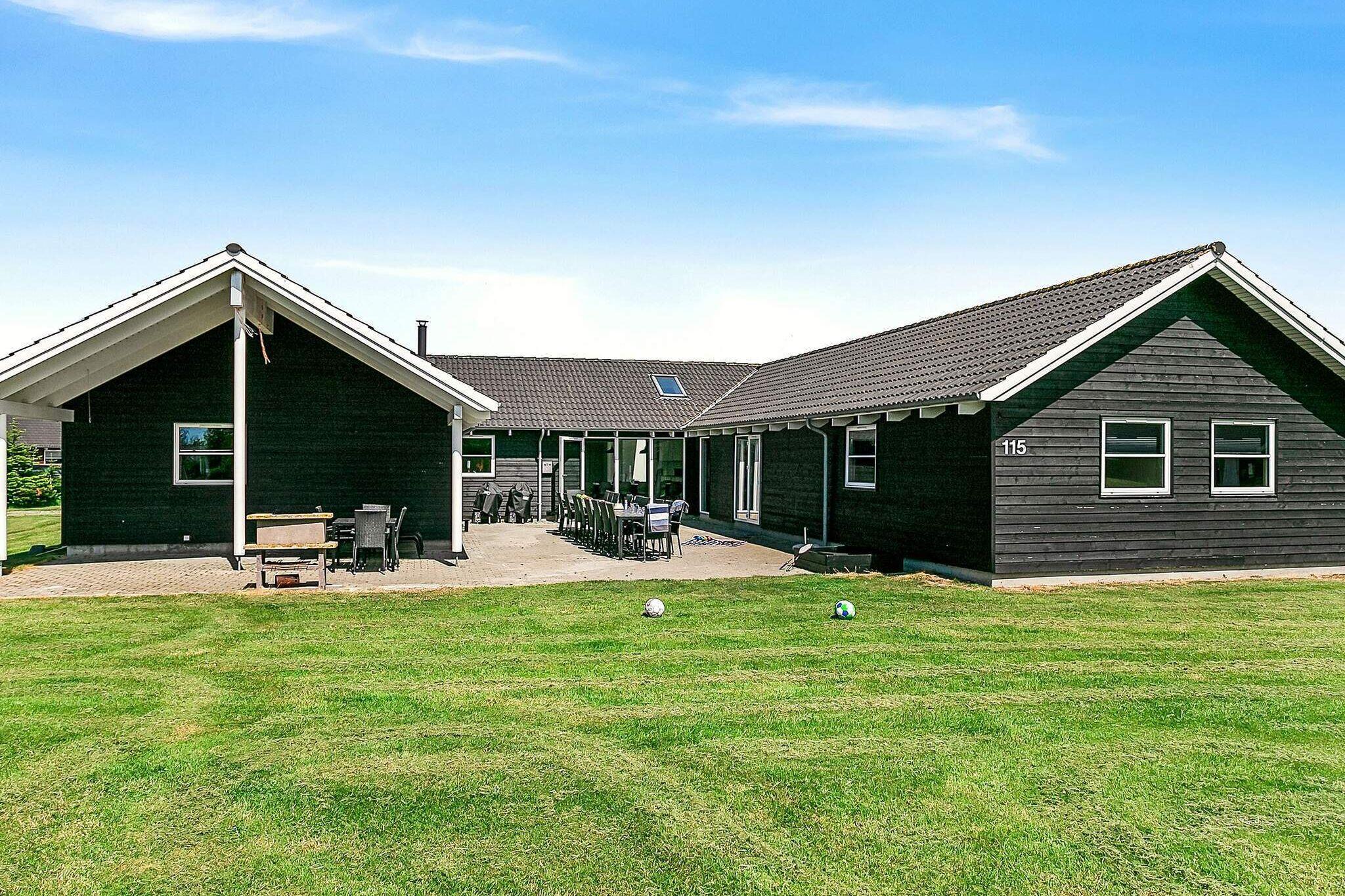 Ferienhaus in Idestrup für 24 Personen