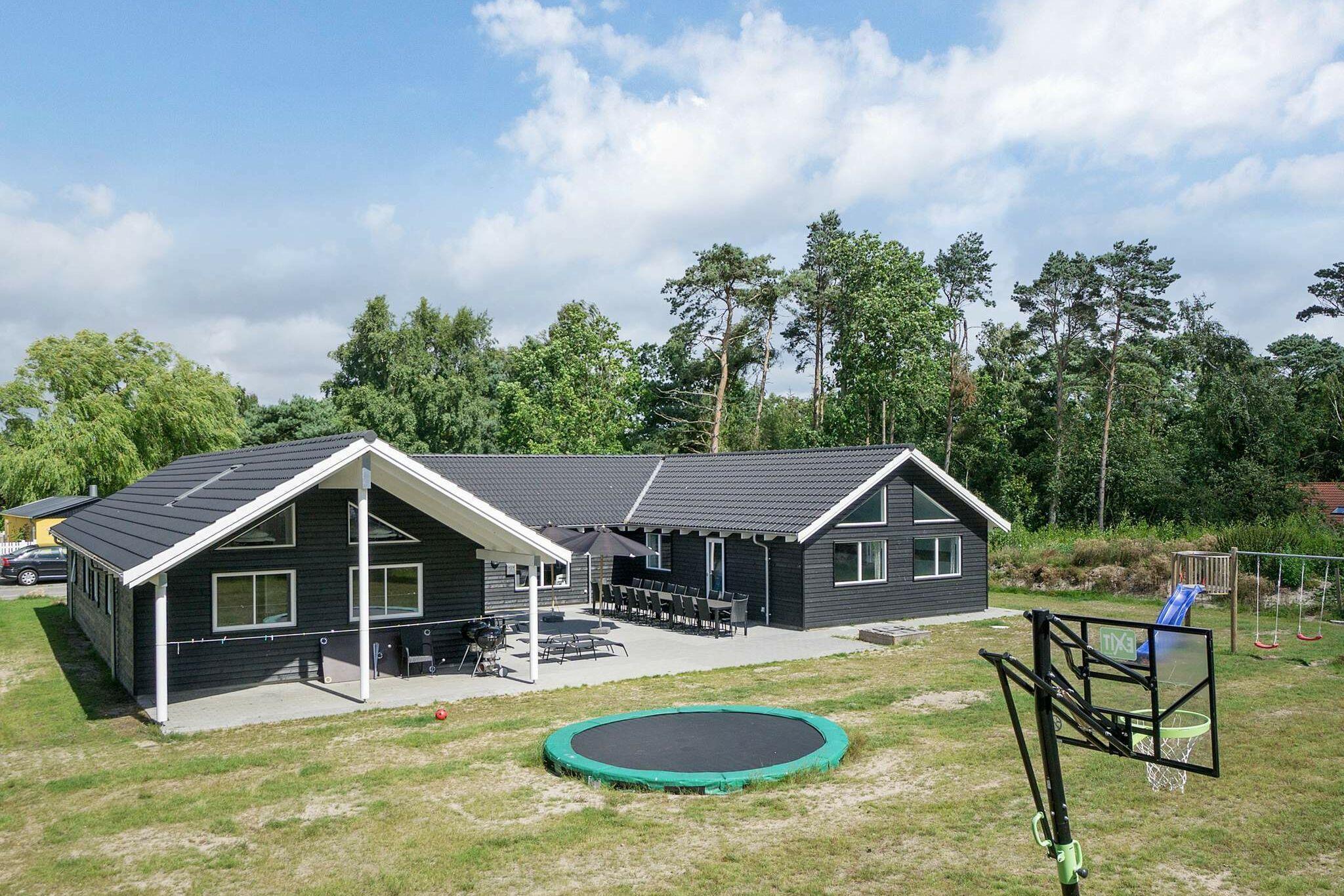 Ferienhaus in Nexö für 22 Personen