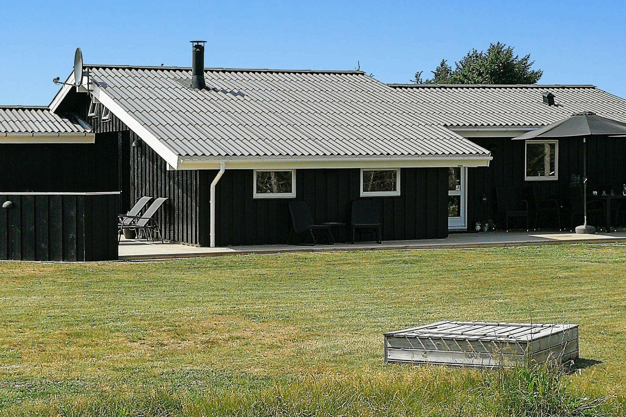 Ferienhaus in Lökken für 9 Personen