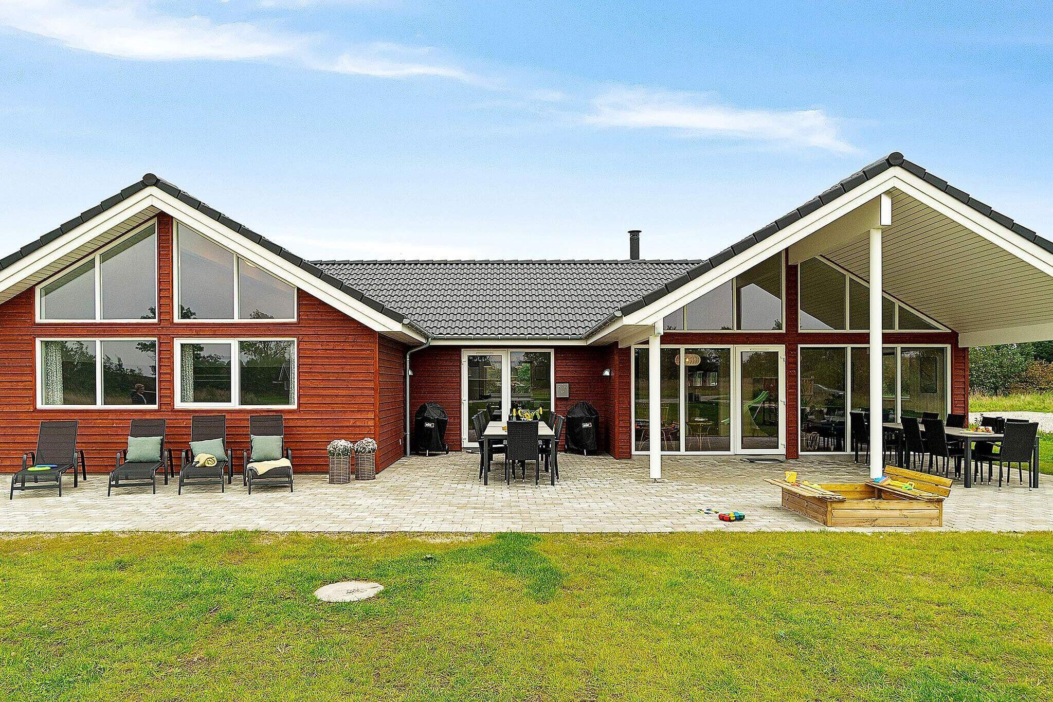 Ferienhaus in Grenaa für 18 Personen