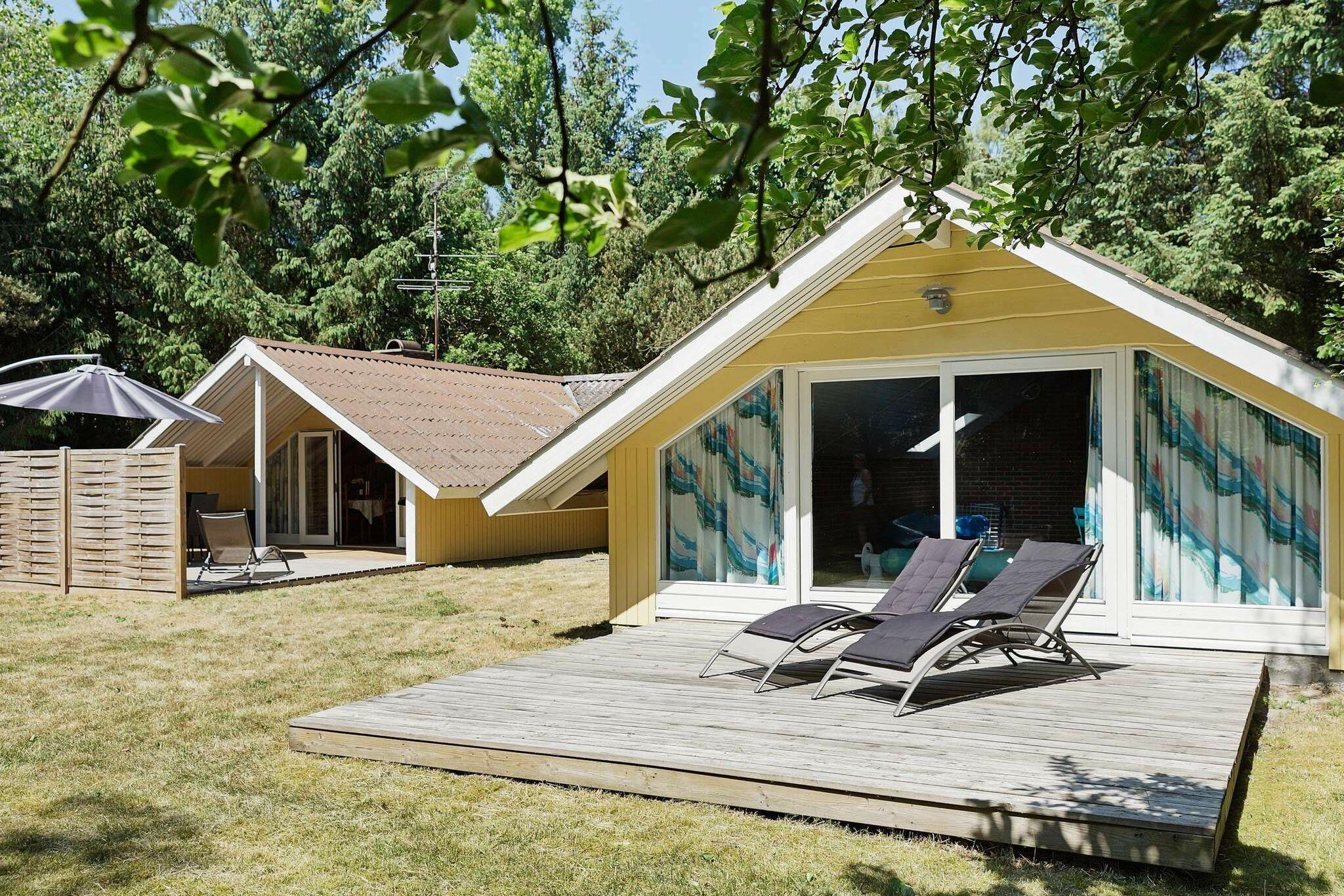 Ferienhaus in Åkirkeby für 8 Personen