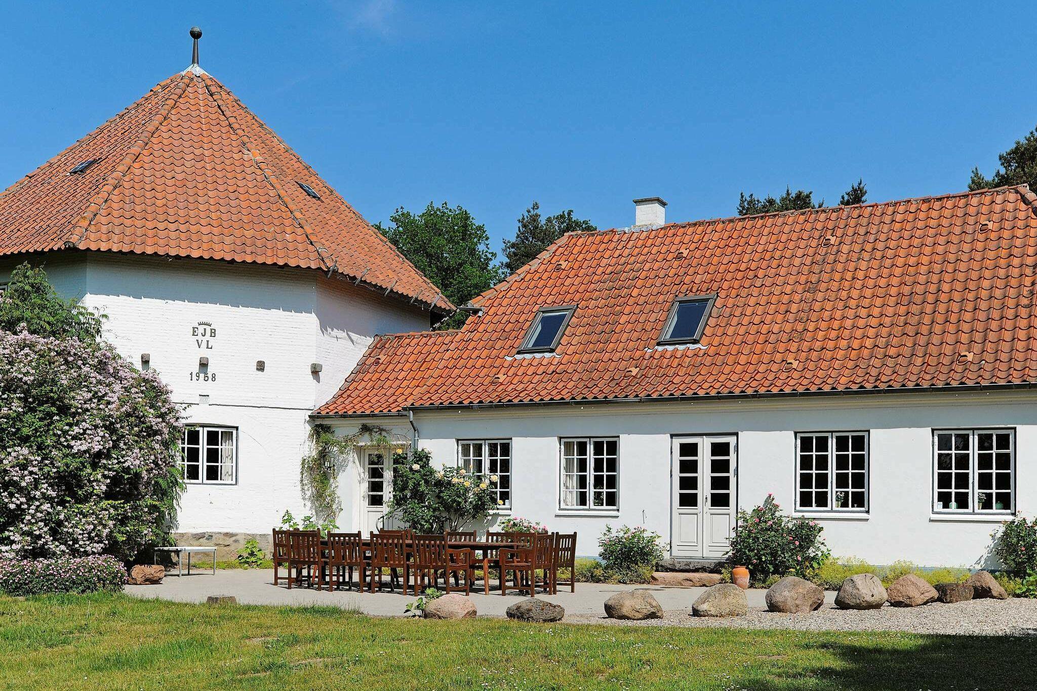 Ferienhaus in Ullerslev für 12 Personen