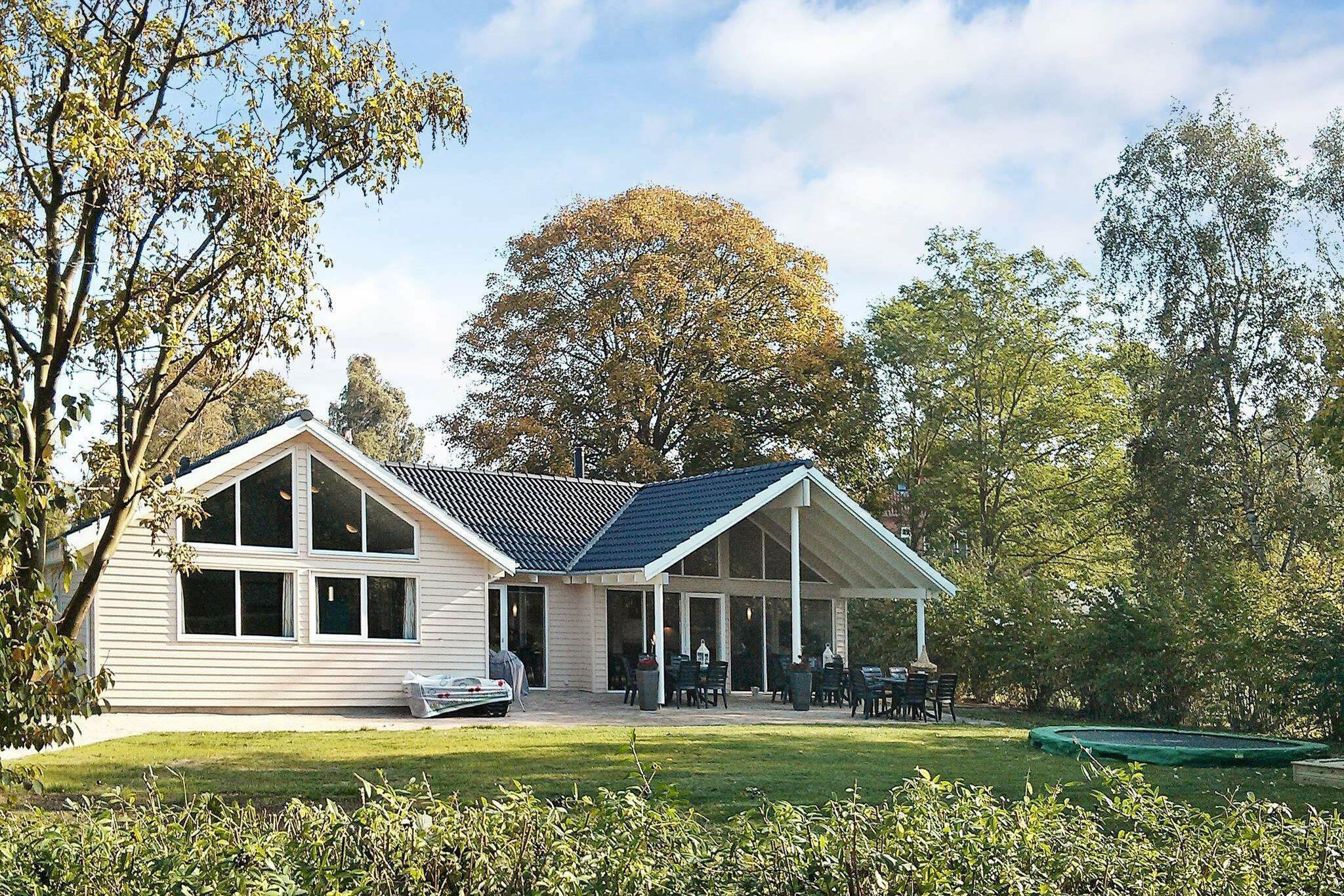 Ferienhaus in Dronningmölle für 16 Personen