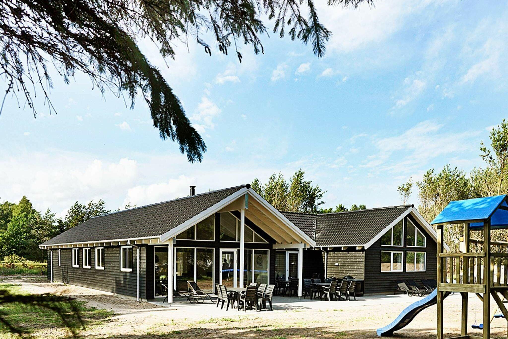 Ferienhaus in Nexö für 19 Personen