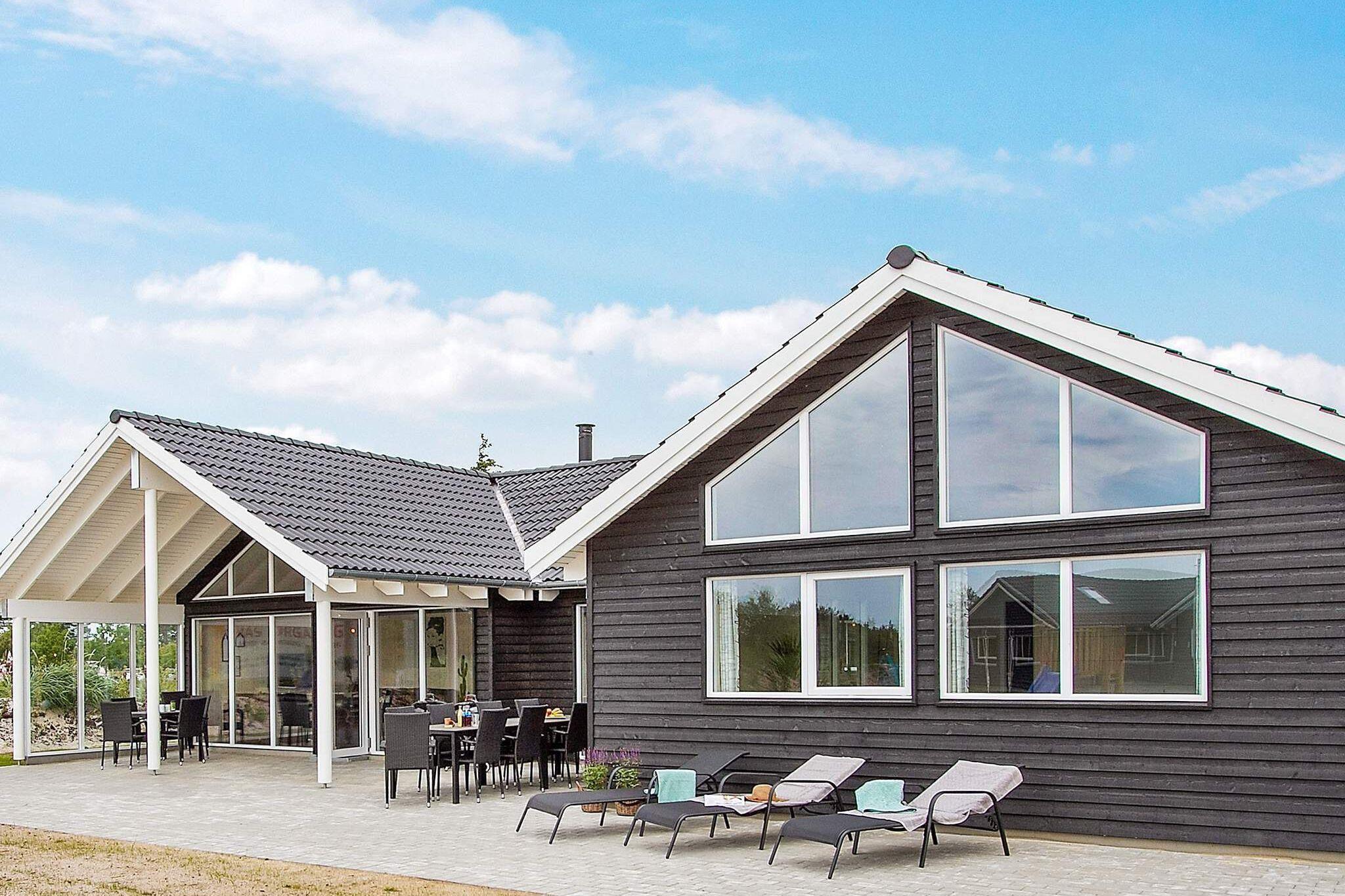 Ferienhaus in Blavand für 18 Personen