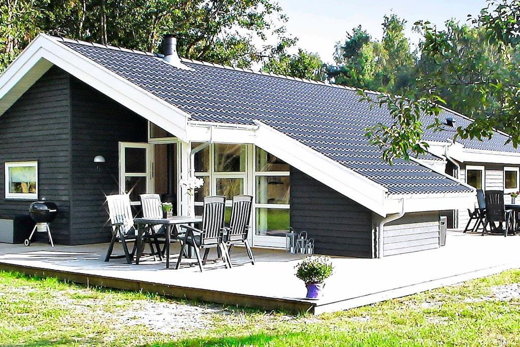 Ferienhaus in Åkirkeby für 10 Personen