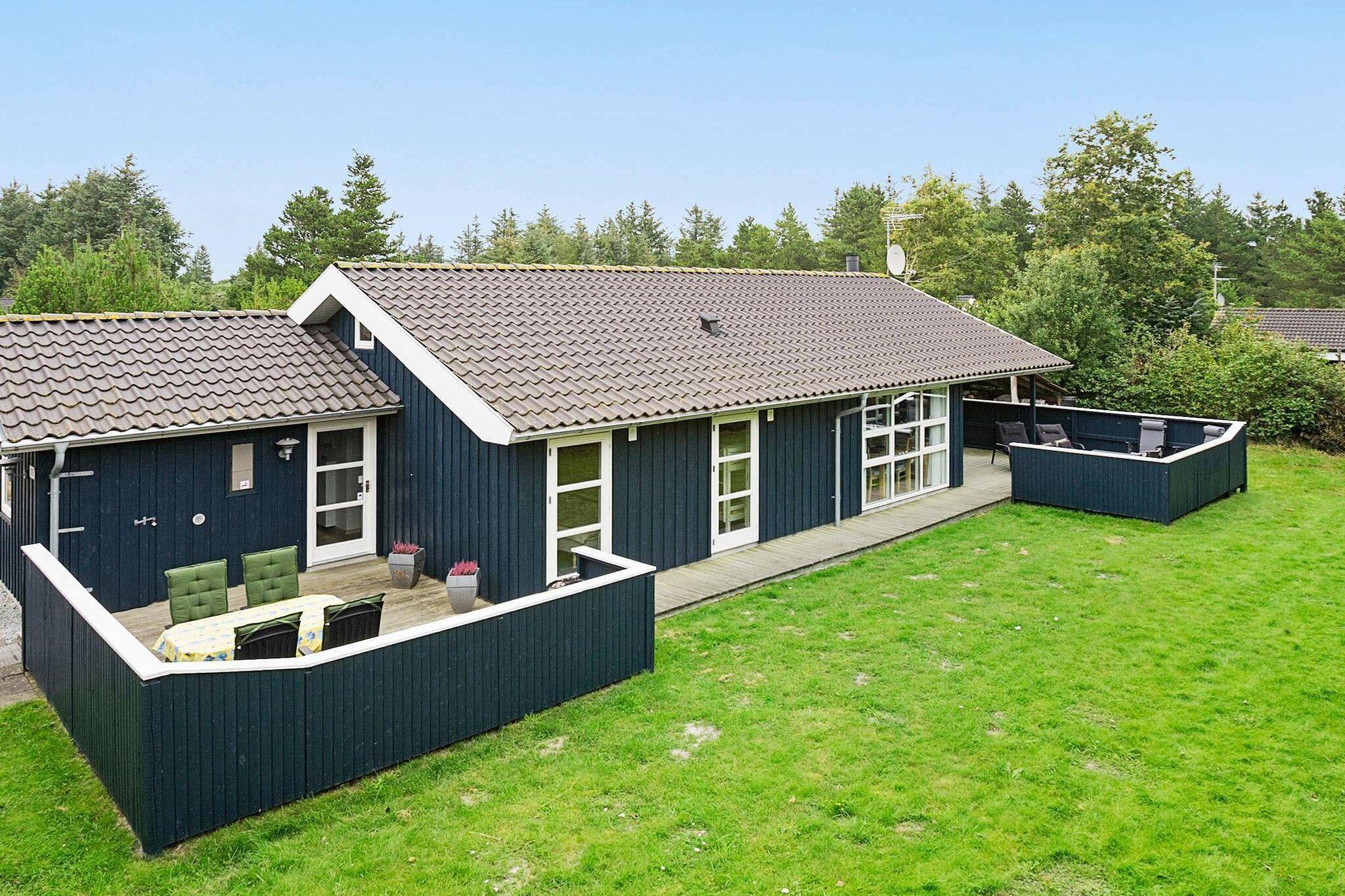 Ferienhaus in Albäk für 9 Personen