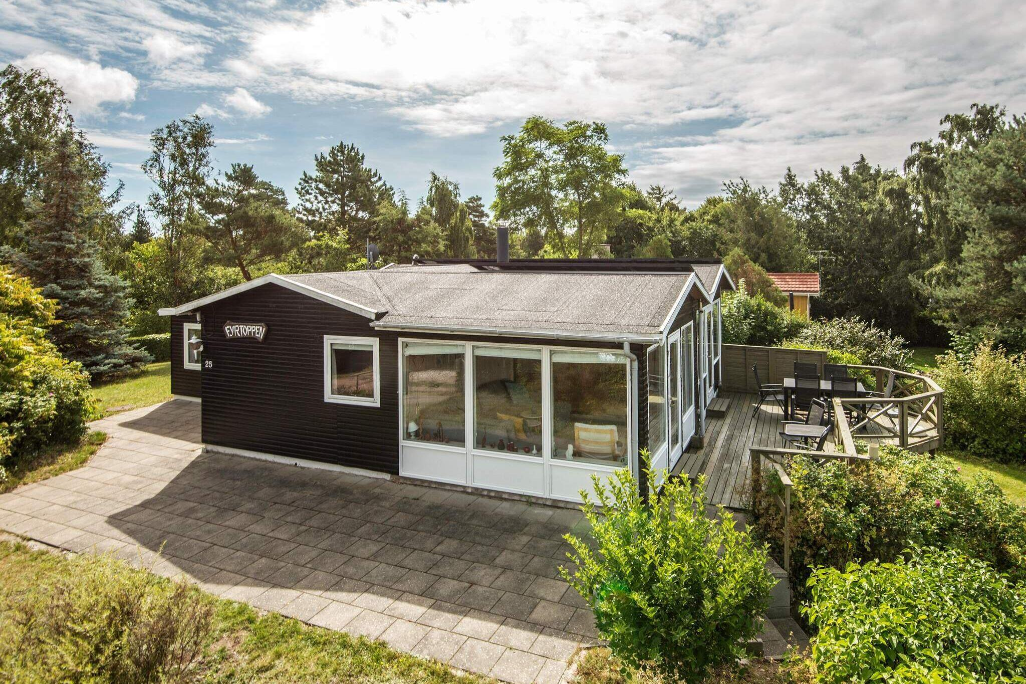Ferienhaus in Knebel für 7 Personen