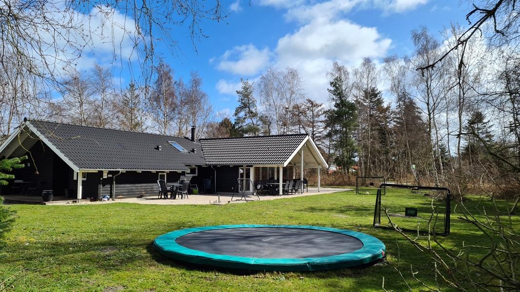 Ferienhaus in Marielyst für 15 Personen