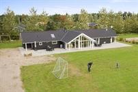 Ferienhaus in Virksund für 14 Personen