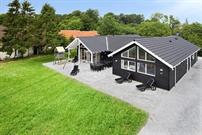 Ferienhaus in Lohals für 18 Personen
