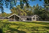 Ferienhaus in Asserbo für 24 Personen