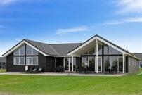Ferienhaus in Skastrup für 18 Personen