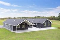 Ferienhaus in Marielyst für 20 Personen